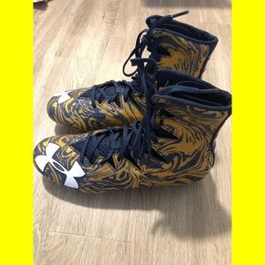 Under Armour Highlight LUX MC Size 10 Cleats